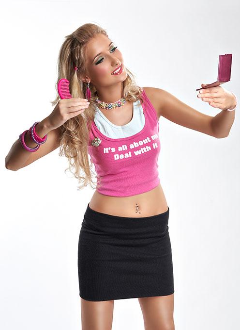 machiaj strident Barbie