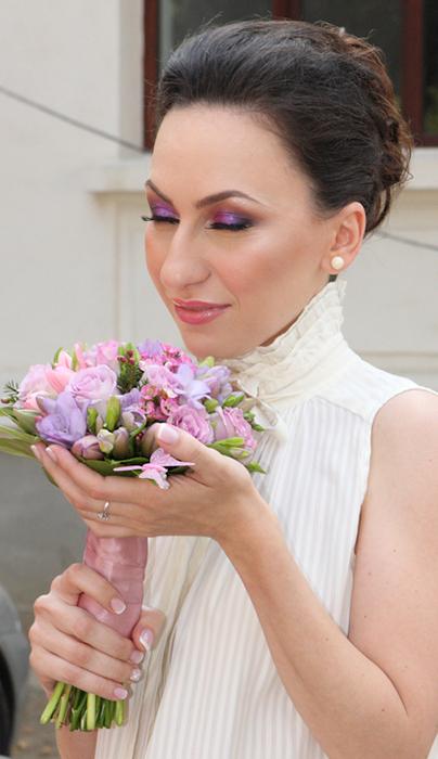 machiajul ochilor cu lila