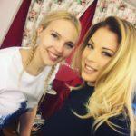 Roxana Nemes impreuna cu Roxana Dumitru in studio